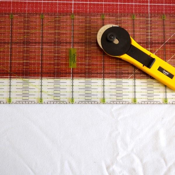 Einen Longsleeve für Damen nähen Streifen zuschneiden cropped